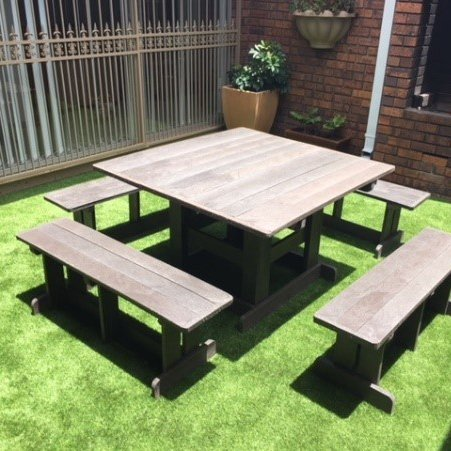 Picnic and Patio Sets